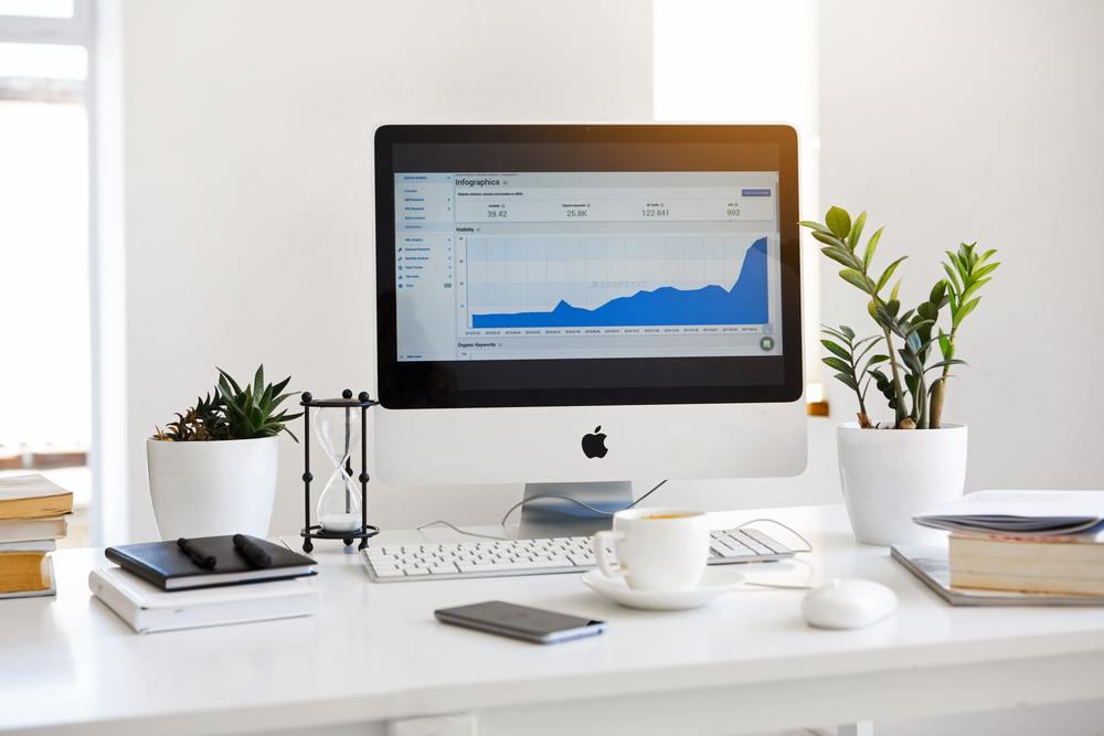 Salg på nett øker i popularitet, og krever forståelse for å sende pakke til rimelig pris